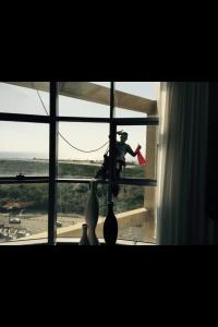 ניקוי חלונות בגבהים