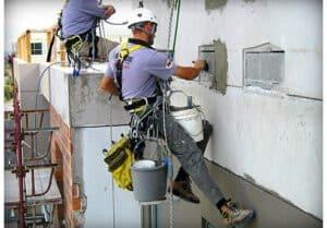 חיזוק אריחים בניין מגורים - כיצד זה מתבצע?