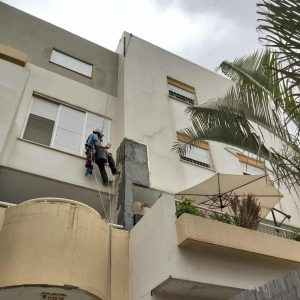שיקום בטון בקירות חיצוניים בגובה
